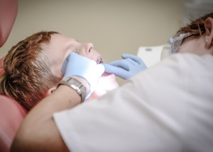 kids first time getting a dental checkup